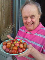Residential-Peter-and-tomatoes